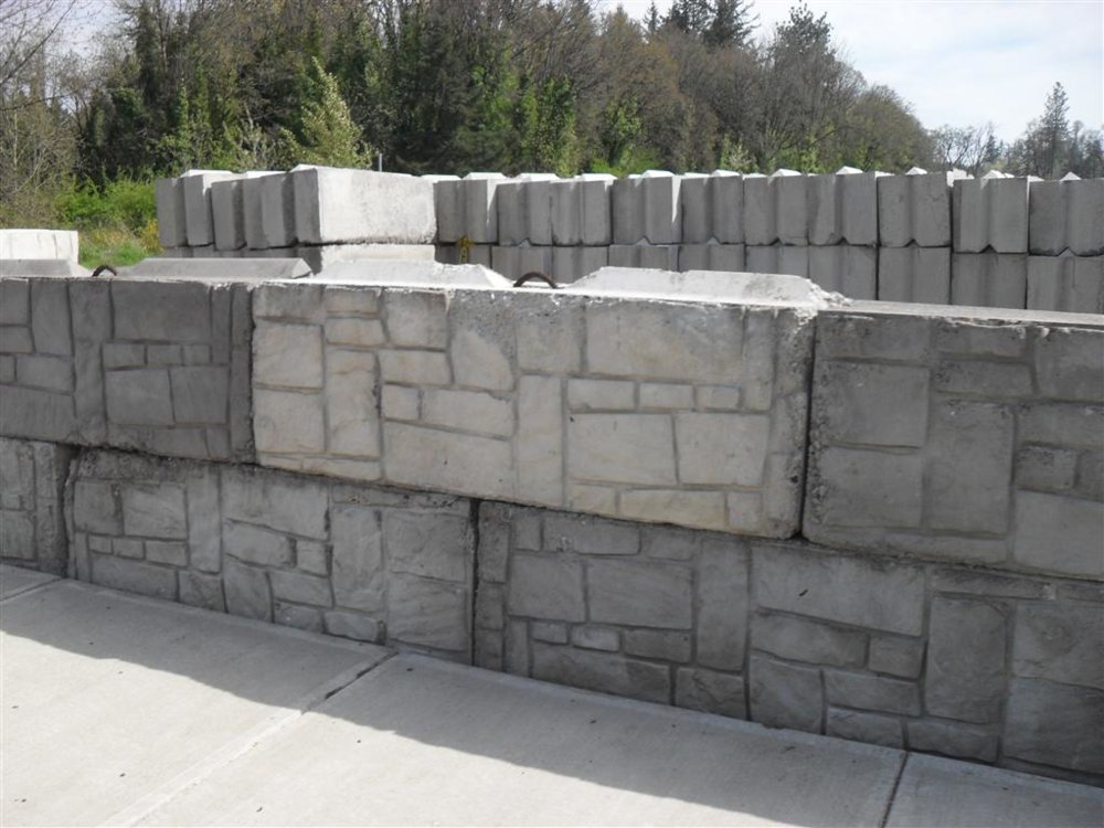Concrete Retaining Wall Advice Using Bunker Mafia Bin Block Nc4x4