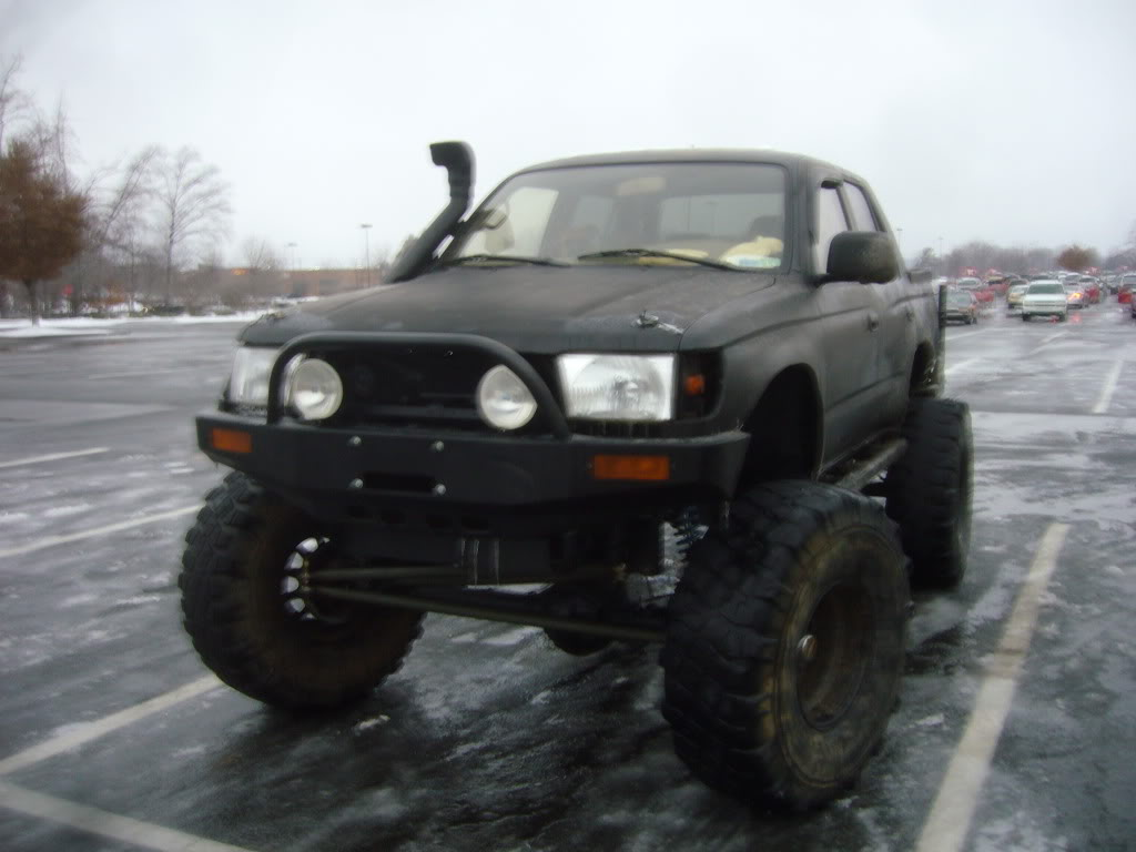 408374 What Type Suspension Air Bags Silverado 2500hd moreover 1402 2006 Dodge Ram 2500 Speed Demon additionally I in addition 91 Toyota Pickup Oil Filter Location likewise Watch. on toyota 4runner fuel filter location