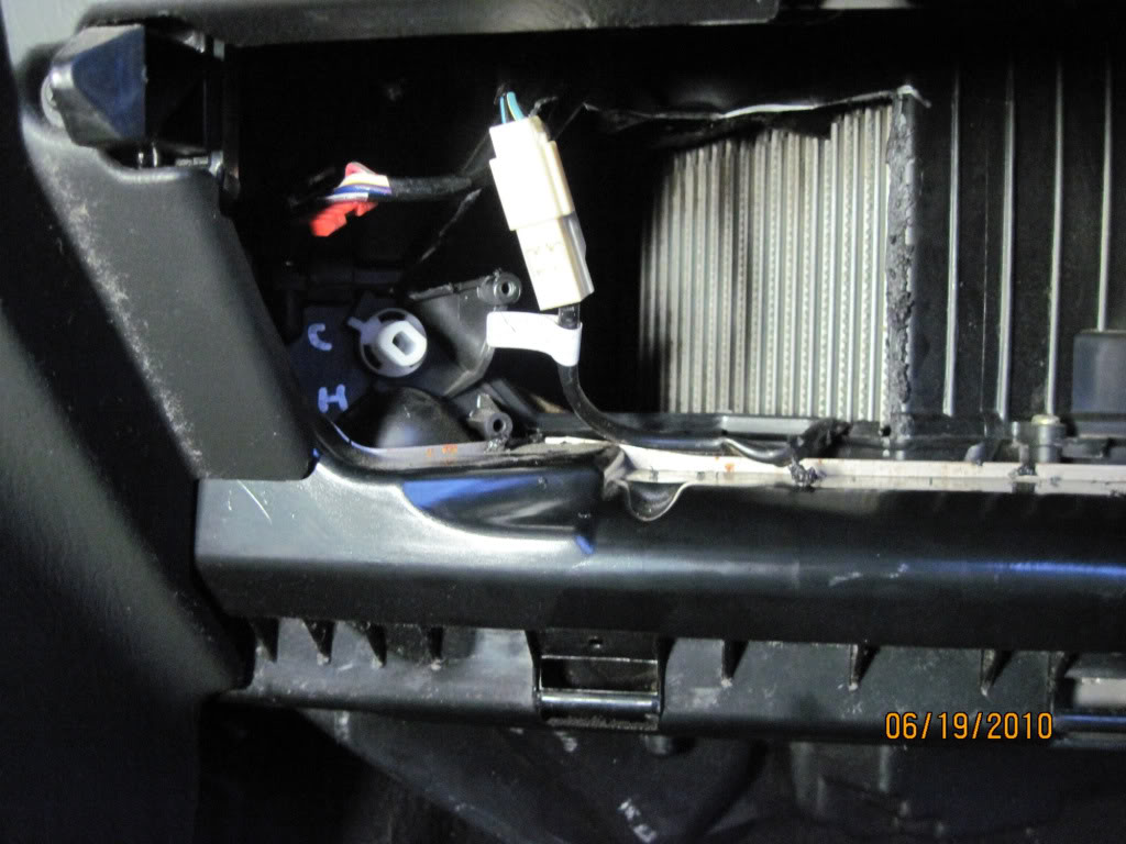 Replacing Grand Cherokee Blend Doors Without Removing Entire Dashon 2006 Jeep Grand Cherokee Blend Door
