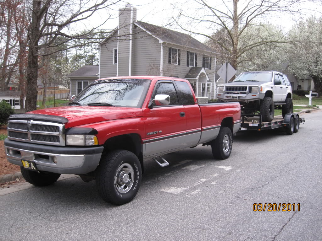 ai358.photobucket.com_albums_oo27_CW_2009_2500_20Dodge_20V10_020.jpg