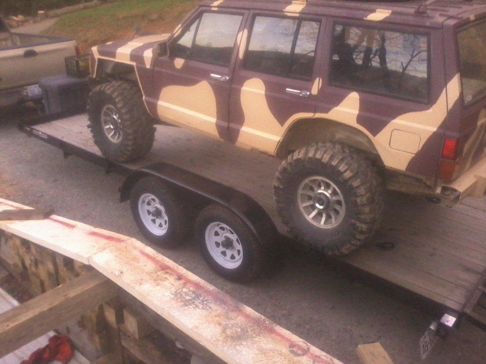 jeep on trailer 3.jpg