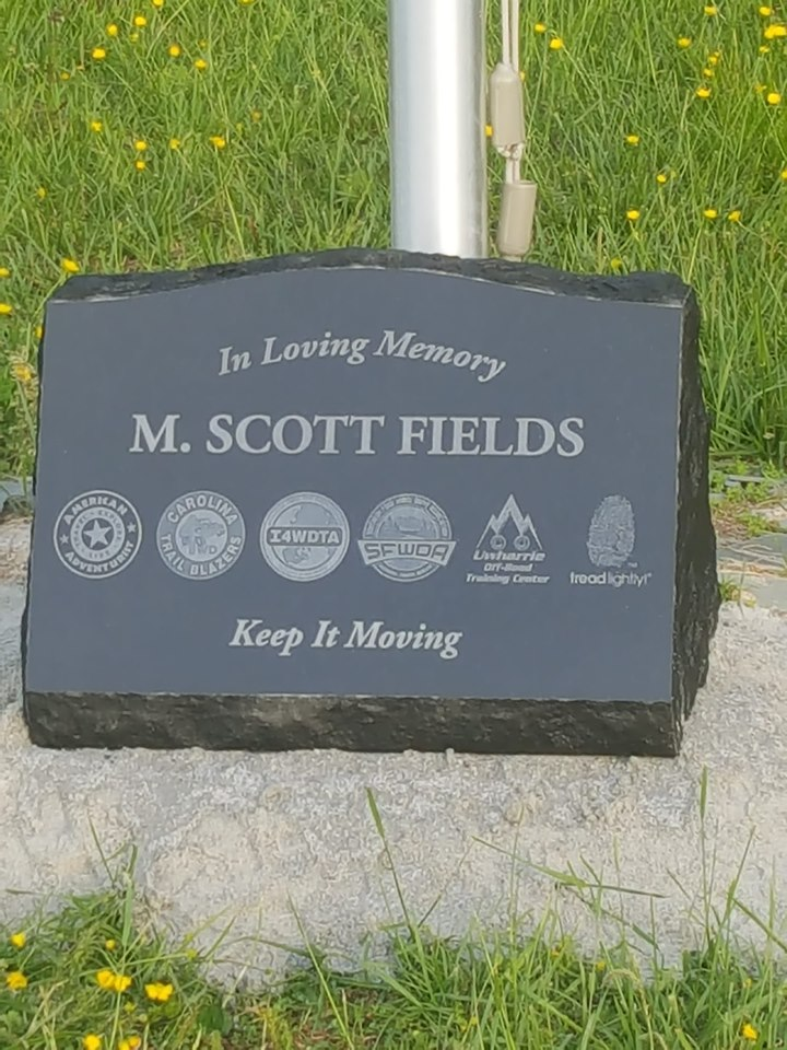 Scotts Memorial.jpg